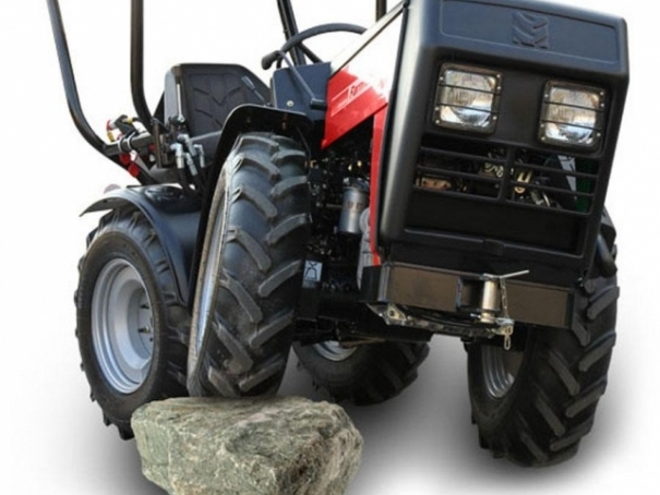 Kloubový traktor Wisconsin Engineering W4000 Farmář